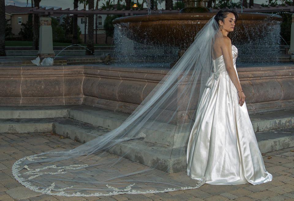 Magic Touch - wedding dress alterations en Fontana, California